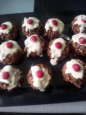 Christmas Crackle Puddings recipe